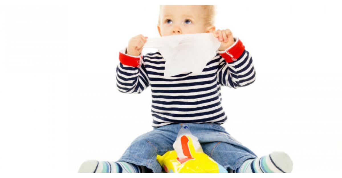 Atentie! Cat de toxice sunt servetelele umede pentru bebelusi?