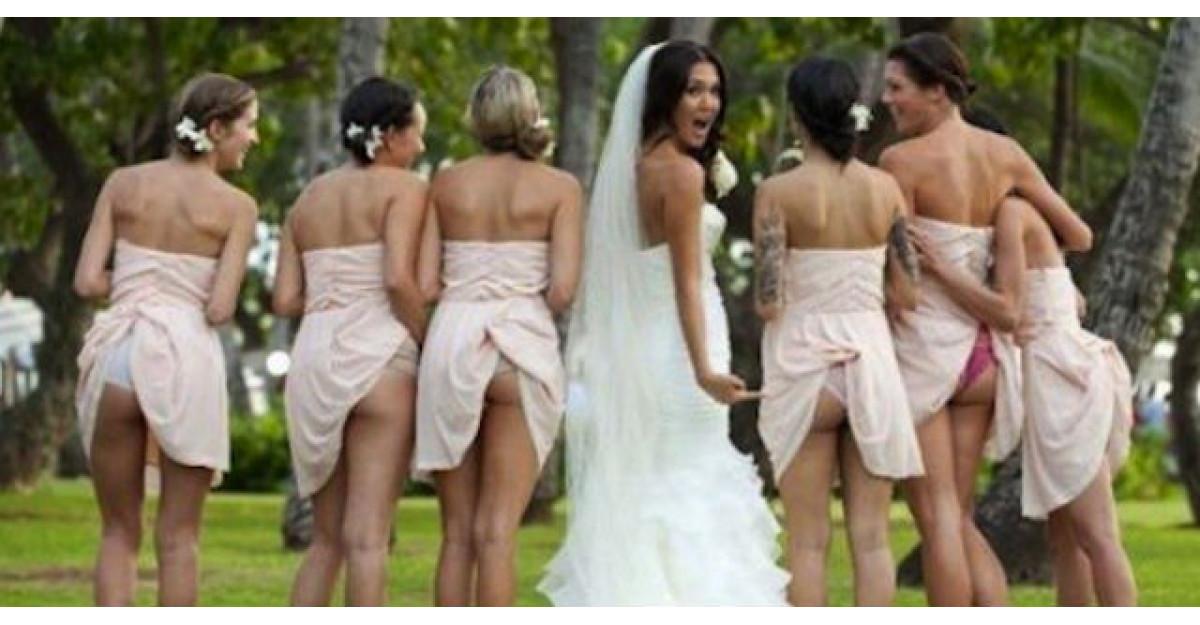 Cel mai ciudat trend: Miresele si domnisoarele de onoare isi arata FUNDURILE in pozele oficiale de nunta