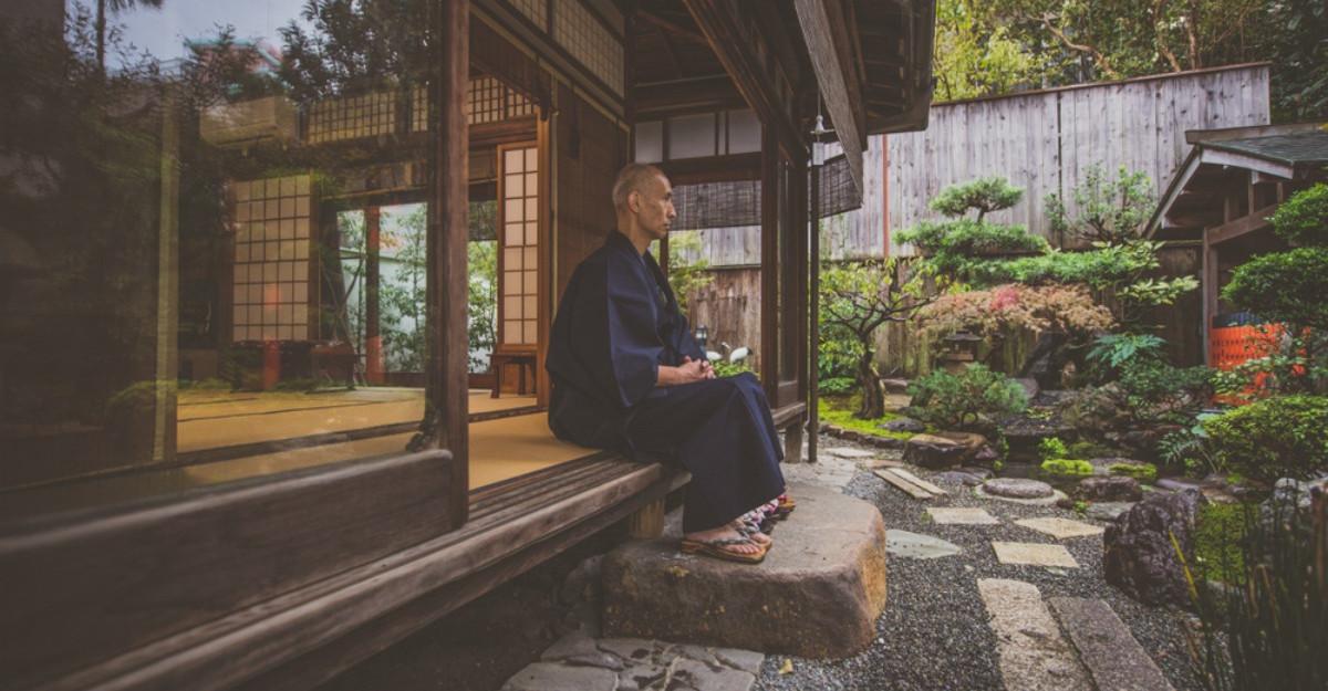 6 Sfaturi care te vor ajuta să trăiești o viață lungă și fericită(potrivit unui doctor japonez care a trăit 106 ani)