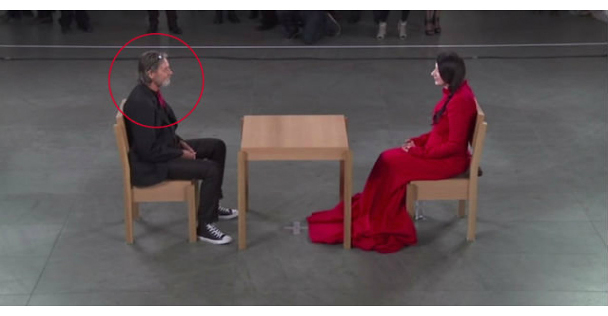 Video: A vazut multi straini in acea zi. Dar cand acest barbat s-a asezat in fata ei... am pielea de gaina