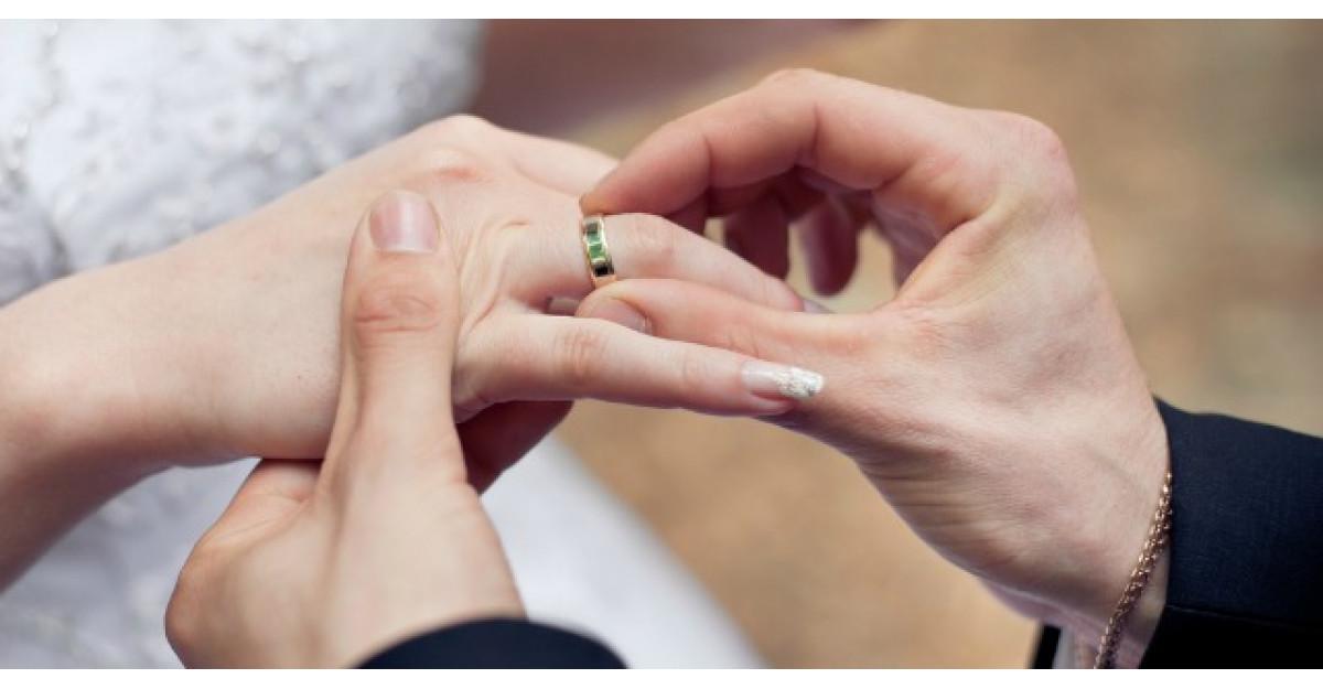 Acest barbat a hotarat sa se casatoreasca. Ce a urmat?