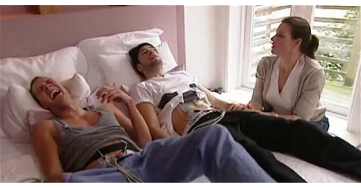 Video: Doi tineri au avut curajul de a experimenta durerile menstruale