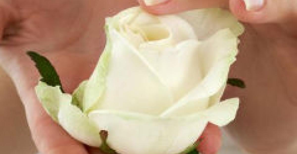 Cum sa-ti intaresti unghiile prin remedii naturiste grozave
