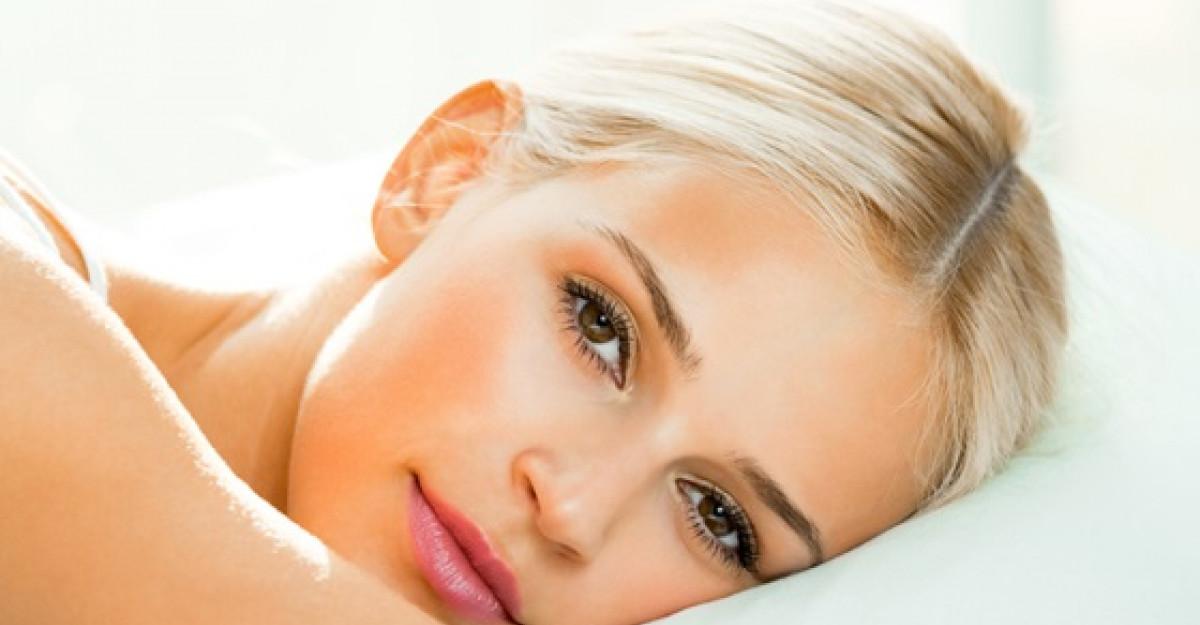 4 secrete ale ingrijirii tenului pe timpul noptii