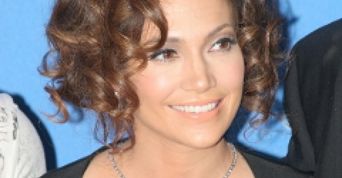 Video: Jennifer Lopez este HOT in noul clip