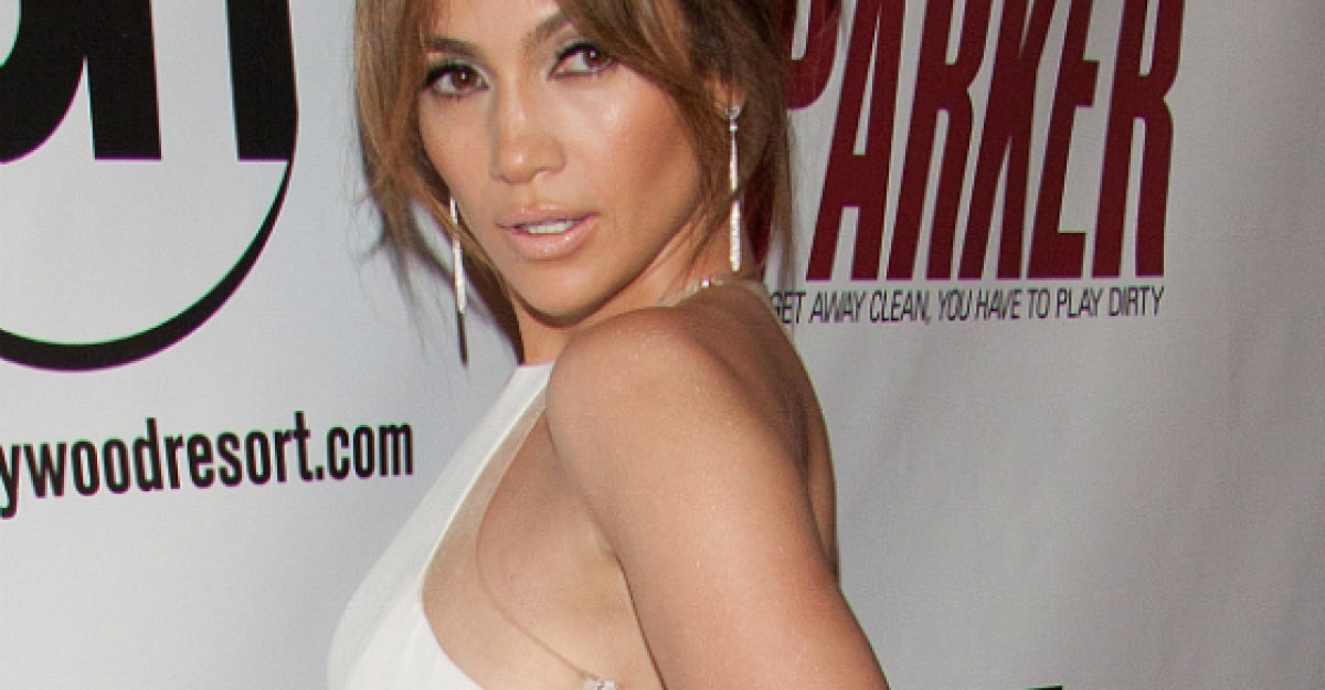 Video: J Lo, in