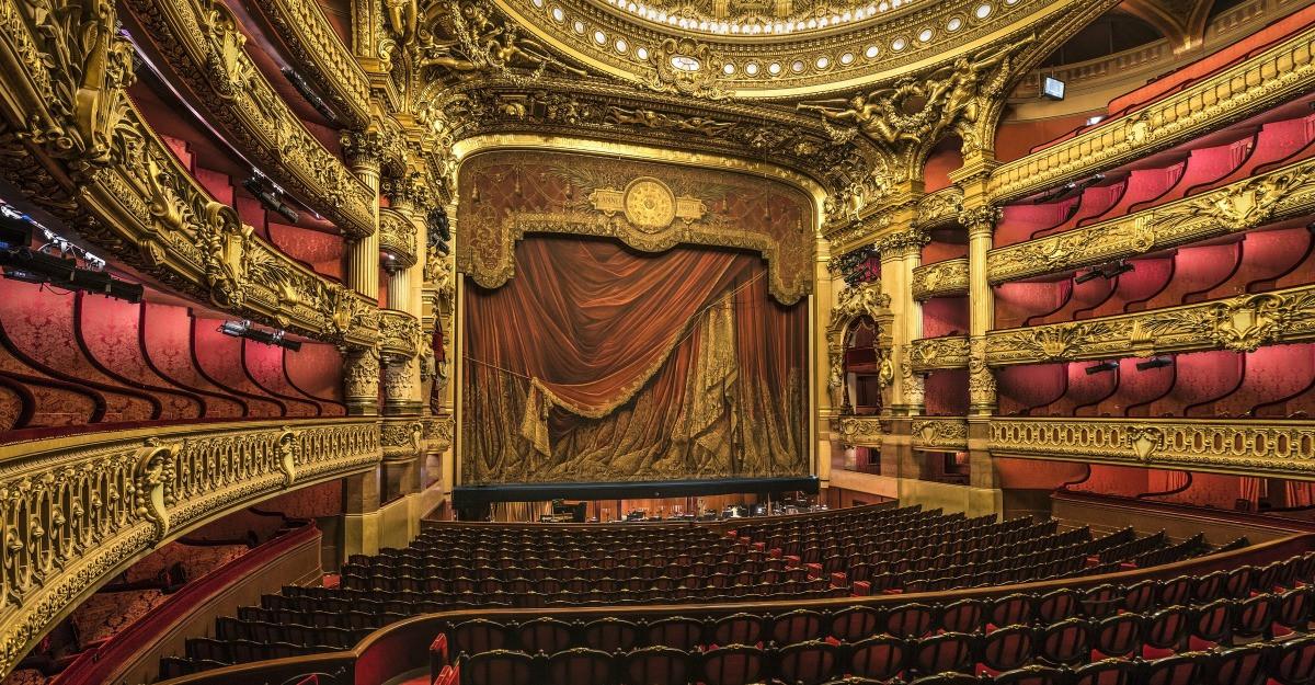 7 lucruri inedite pe care merita sa le stii despre teatru