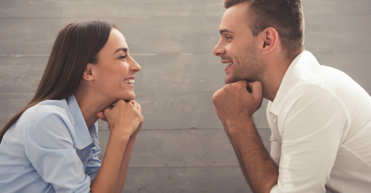 Aceste 3 moduri in care iti critici partenerul iti pot strica relatia: Cum sa adresezi nemultumirile corect