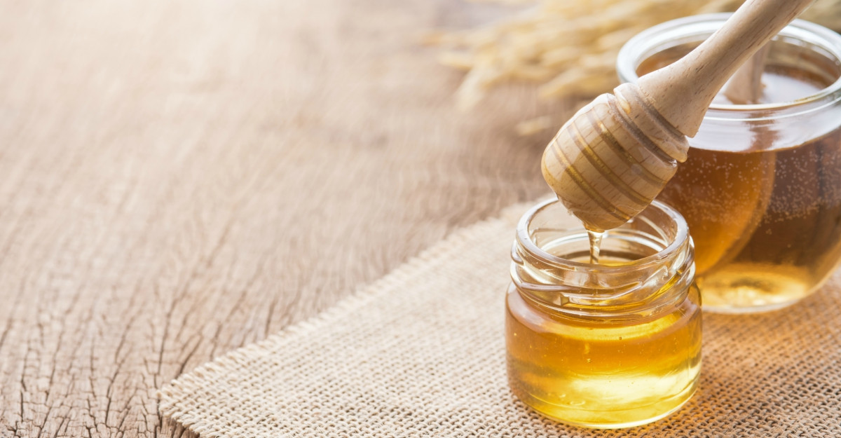 """ALBEENA oferă """"Bine de la albine"""" prin gama de produse apicole românești"""
