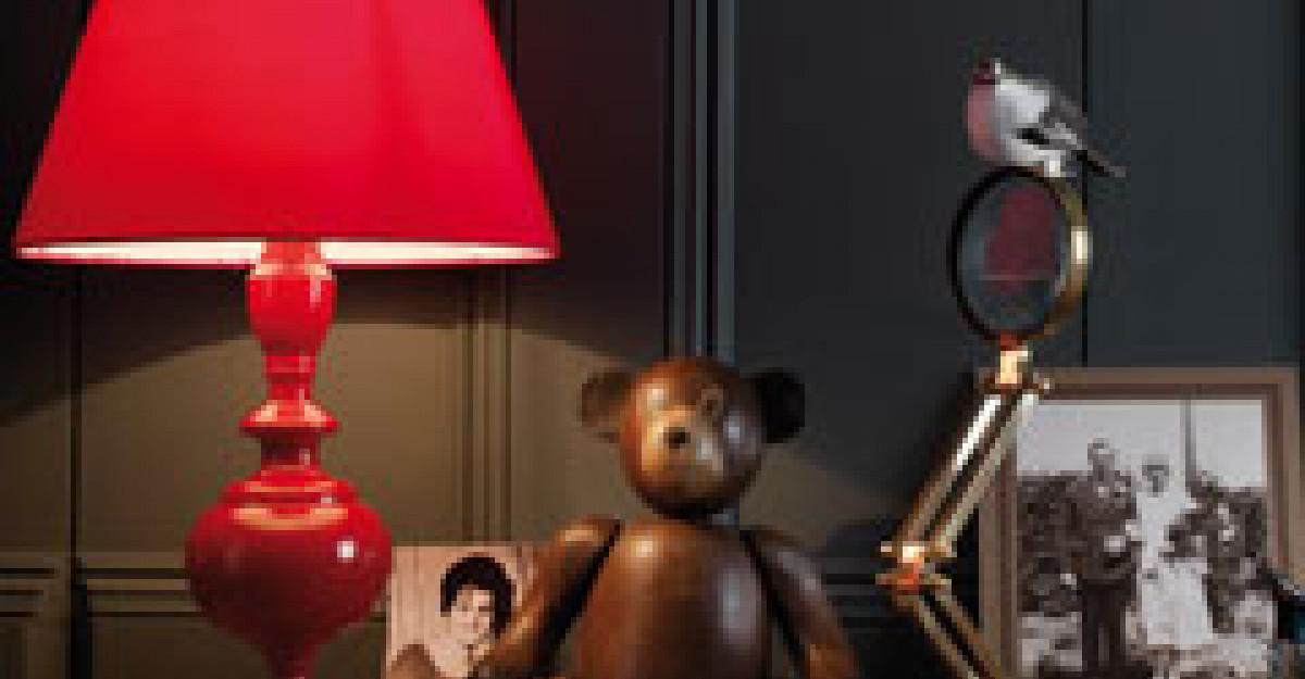 4 metode de a folosi culoarea rosie in dormitor
