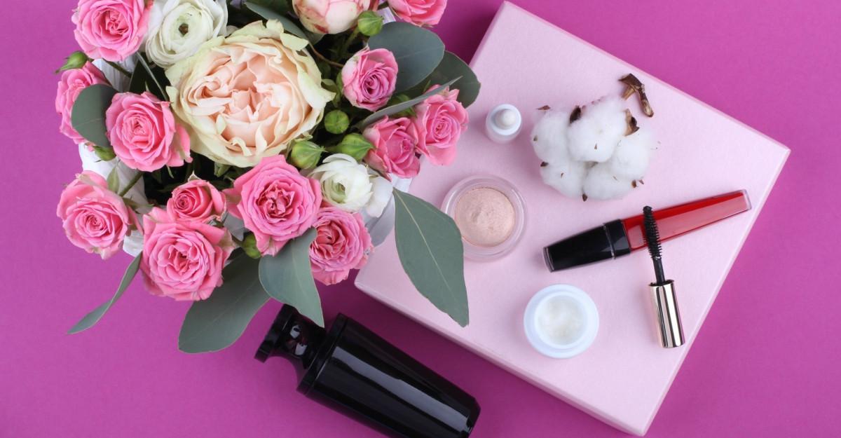 De Black Friday, 77% dintre români cumpără produse cosmetice cadou în avans pentru sărbători