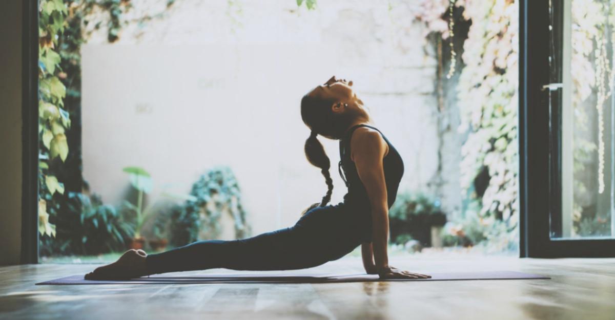 3 exercitii de respiratie din yoga care te vor ajuta sa te calmezi in mai putin de 5 minute