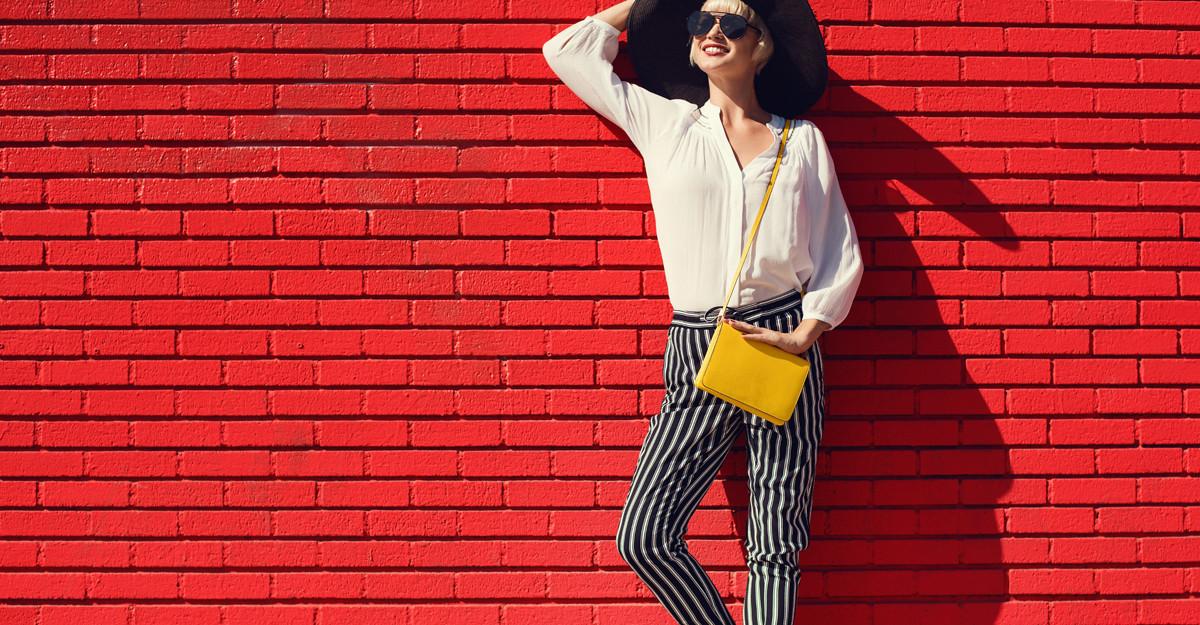 Pantaloni office cu imprimeu: cum sa te imbraci chic la job