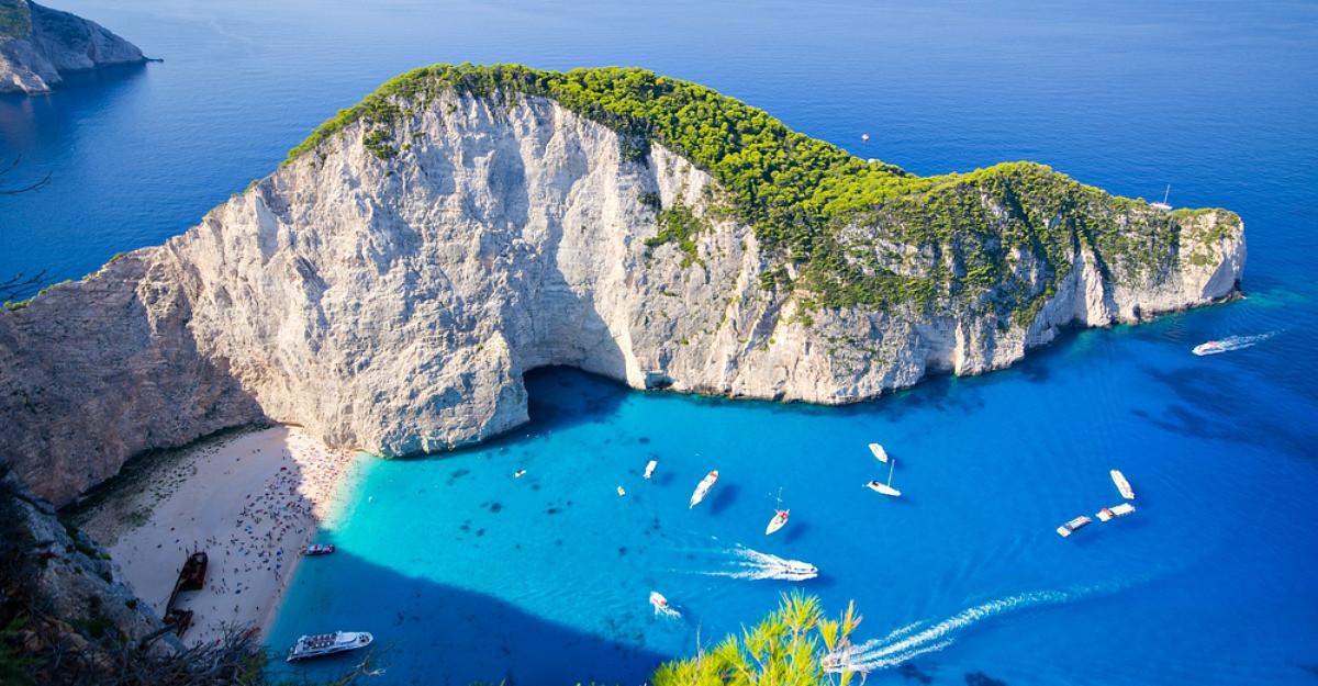 Ia-ti bilet spre paradis: Top 15 cele mai frumoase plaje din Europa