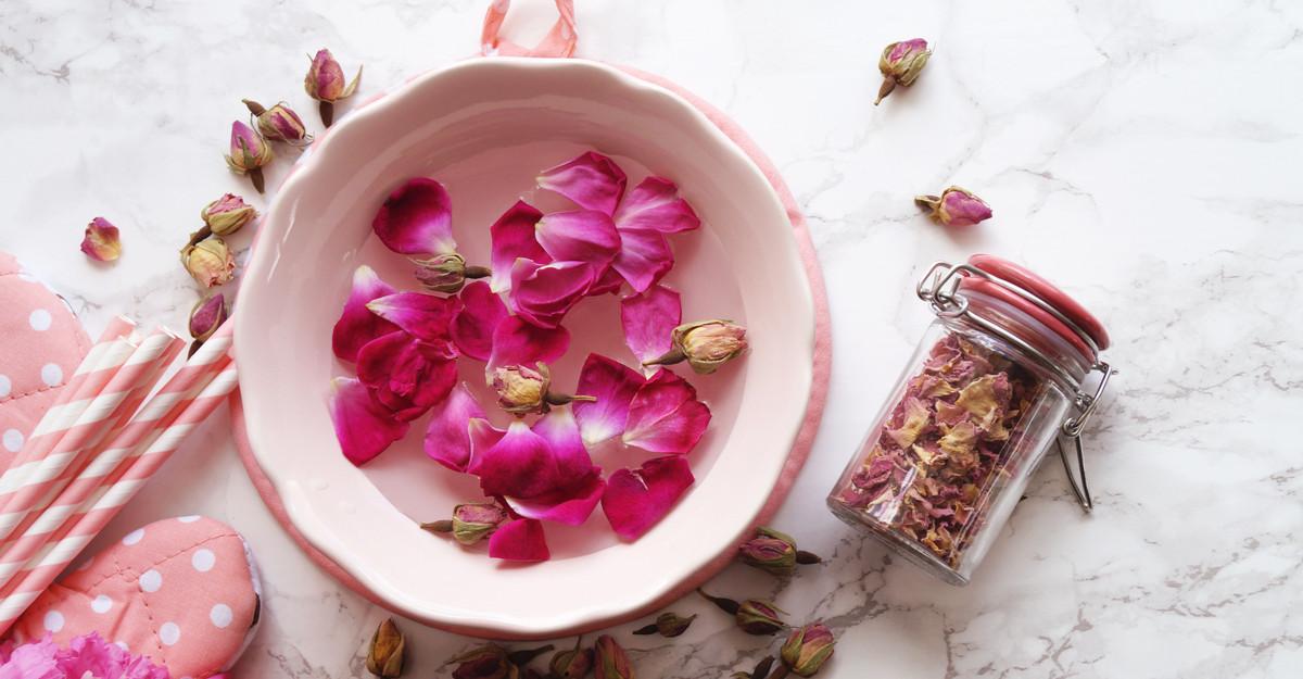 Oferă-i casei tale un miros aparte: 3 produse care îți vor parfuma locuința