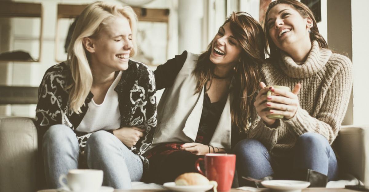 Femeile care au un grup de prietene puternice se descurca mai usor in viata