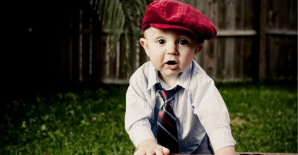 Papioane și cravate pentru băieței de purtat în clipe de neuitat