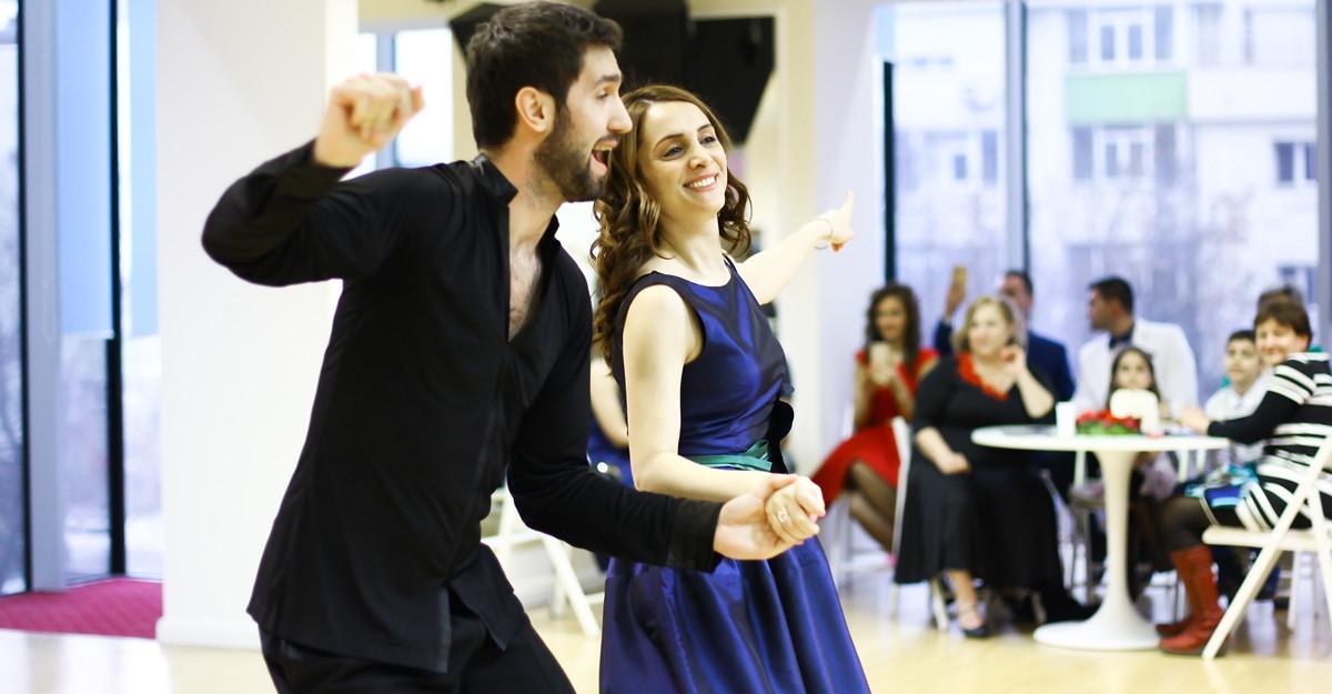 Cele mai populare dansuri de societate la Arthur Murray