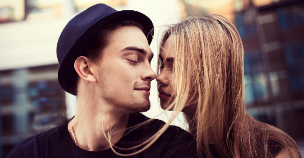 4 Trucuri pentru flirt care functioneaza