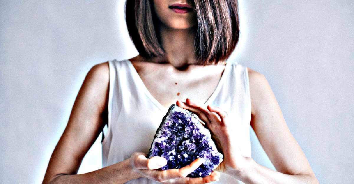 4 Cristale care te vor ajuta sa atragi norocul si abundenta in viata ta in 2021