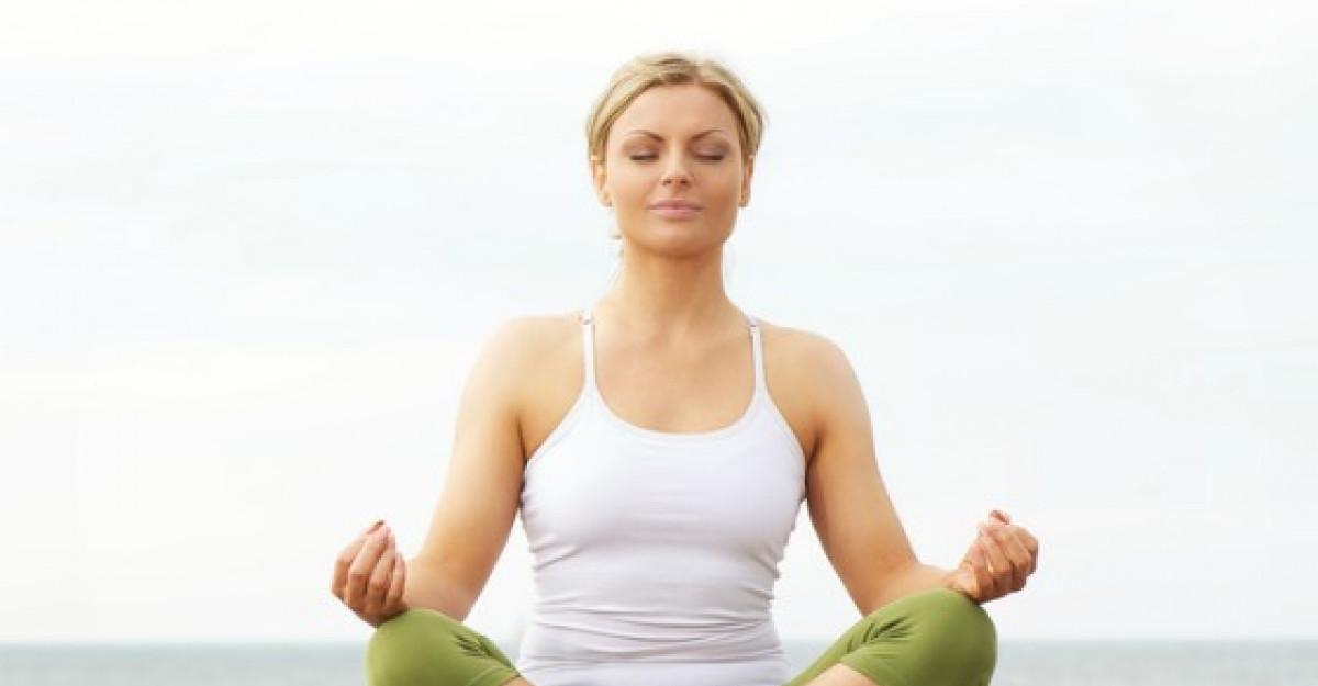 Cum te poate ajuta yoga daca ai probleme cu somnul