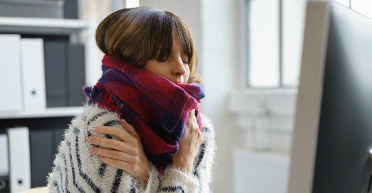 5 motive dovedite stiintific pentru care femeile resimt frigul mai intens decat barbatii