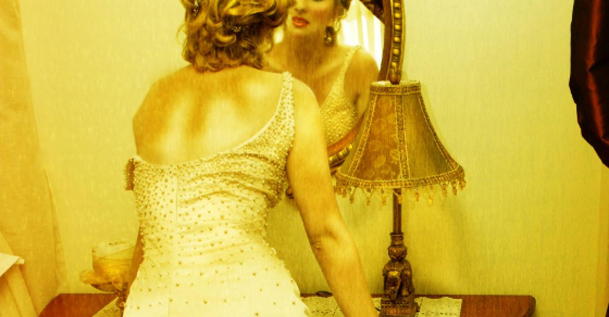 Foto: Va mai amintiti de Thalia? Cum arata cantareata la 41 de ani?