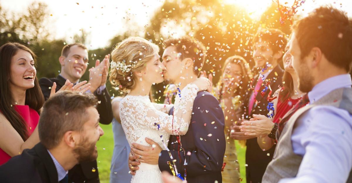 5 secrete pentru un sarut perfect in ziua nuntii. Crezi ca le stii?