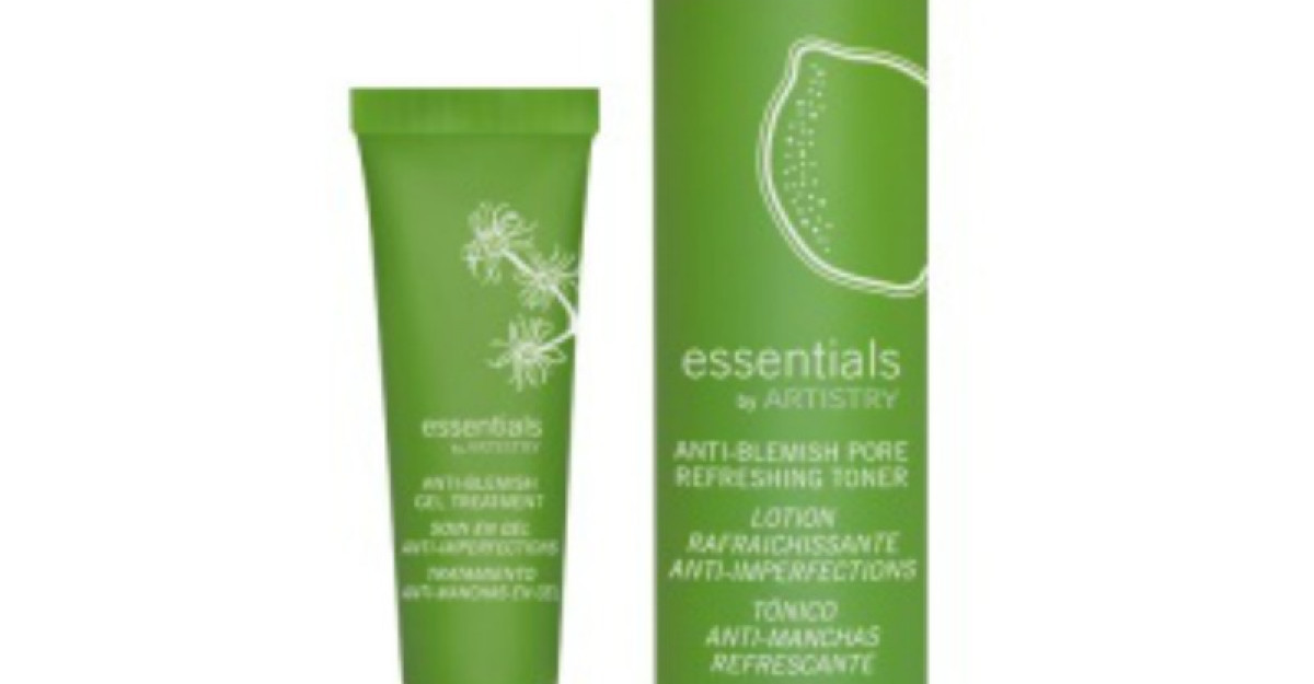 Spuneti adio imperfectiunilor cu noul set Essentials by ARTISTRY