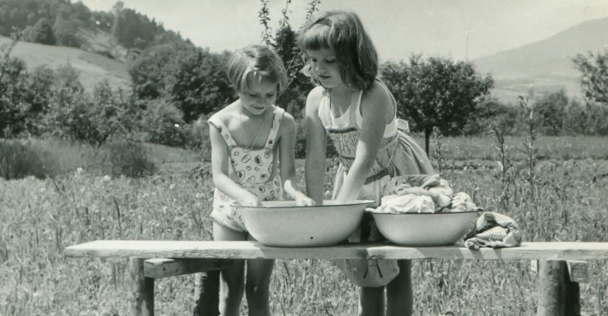 Citate despre copilărie: retrăiește cei mai frumoși și inocenți ani de viață