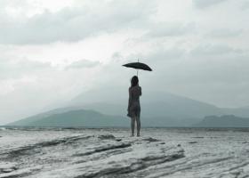 Astrologie: De ce te simti coplesita tot mai des in functie de zodie