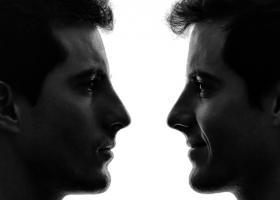 Parerea lui Radu: ne dorim sa fim 2 persoane in aceeasi viata