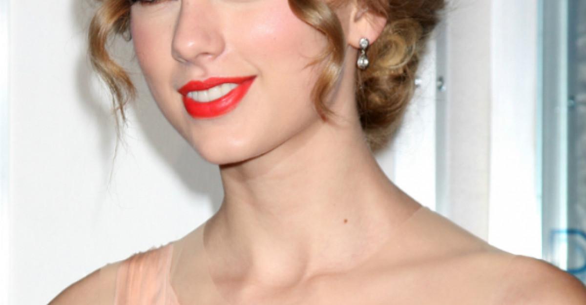 Motivul pentru care Taylor Swift a fost data in judecata