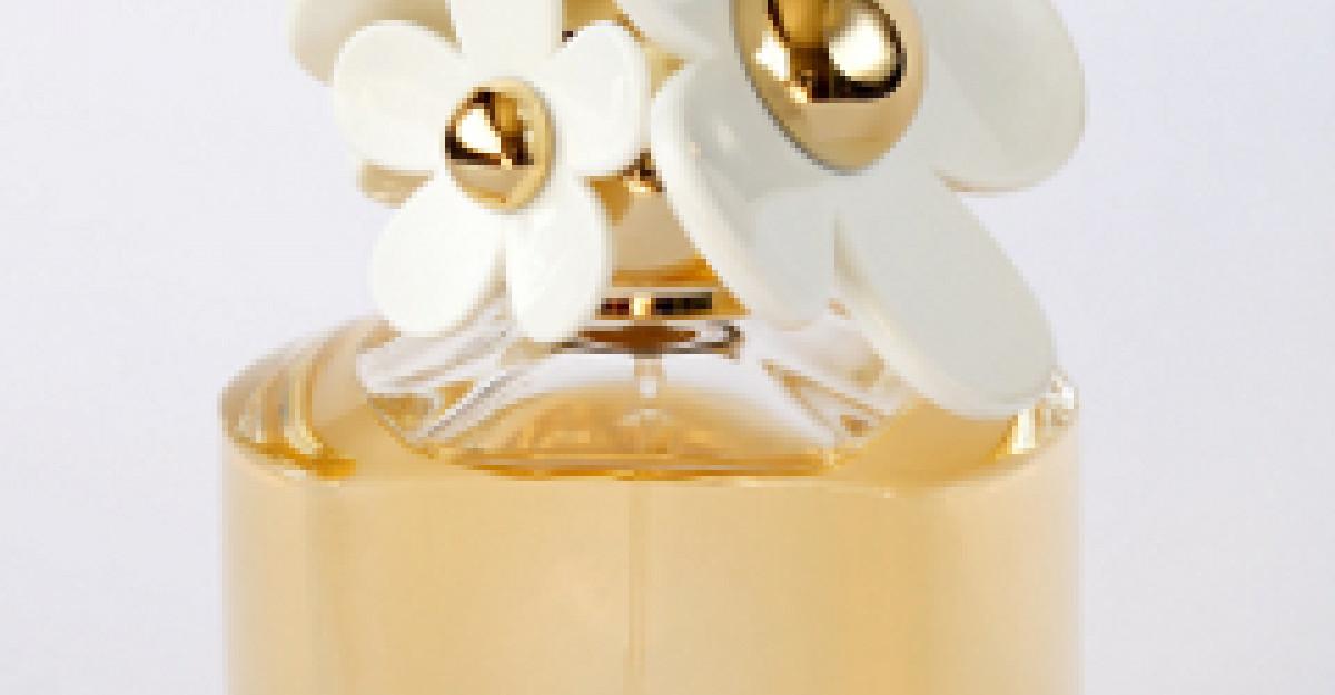 Si tu poti avea parfumul reginei Marie Antoinette