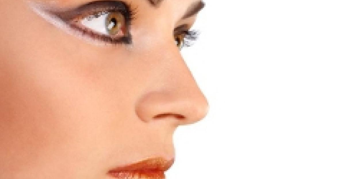 Practic: Machiajul ochilor inspirat din Tron Legacy