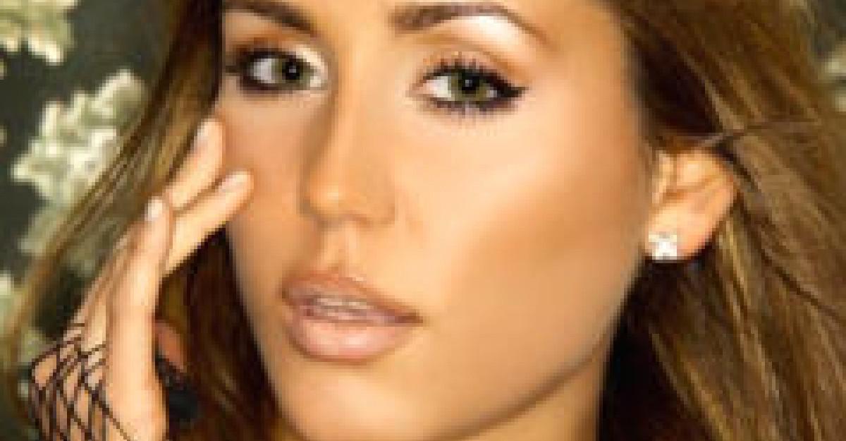 Practic: Secrete din machiajul lui Jennifer Lopez