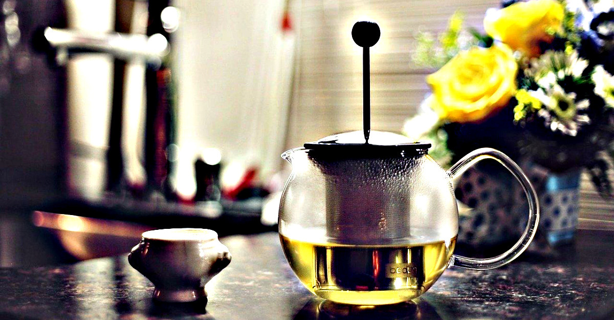 Trucul simplu care face ceaiul verde si mai sanatos (dovedit de un nutritionist)