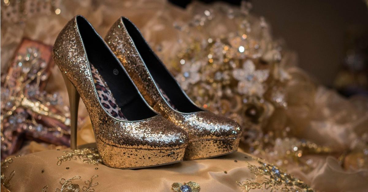 Pantofi deosebiti pentru tinuta de Revelion