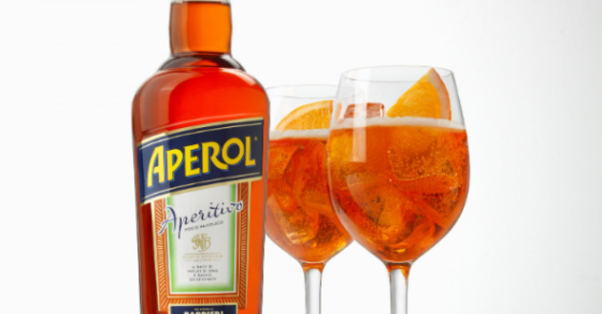 Aperol Spritz adauga savoare intalnirilor in doi