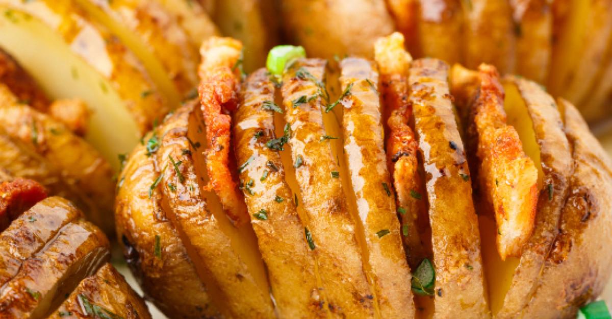 Deliciu de weekend: Cartofi acordeon la cuptor