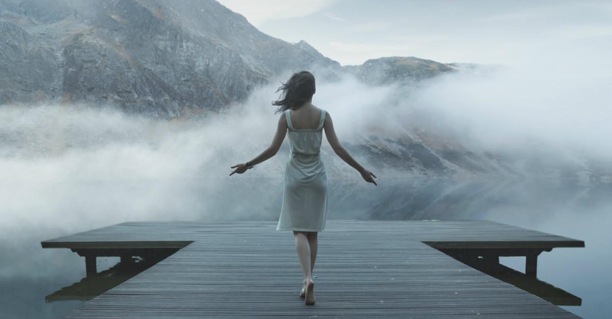 10 semne care arată că ești copleșită și cum să îți revii