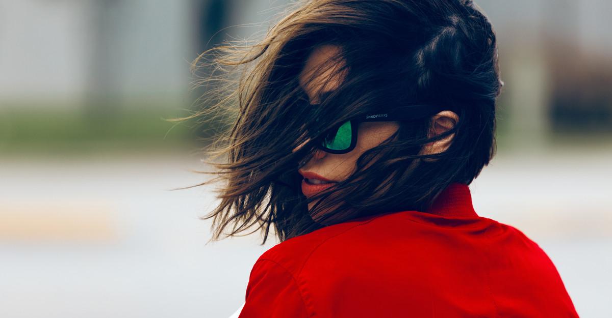Cum să reduci electrizarea părului, deci și ruperea lui