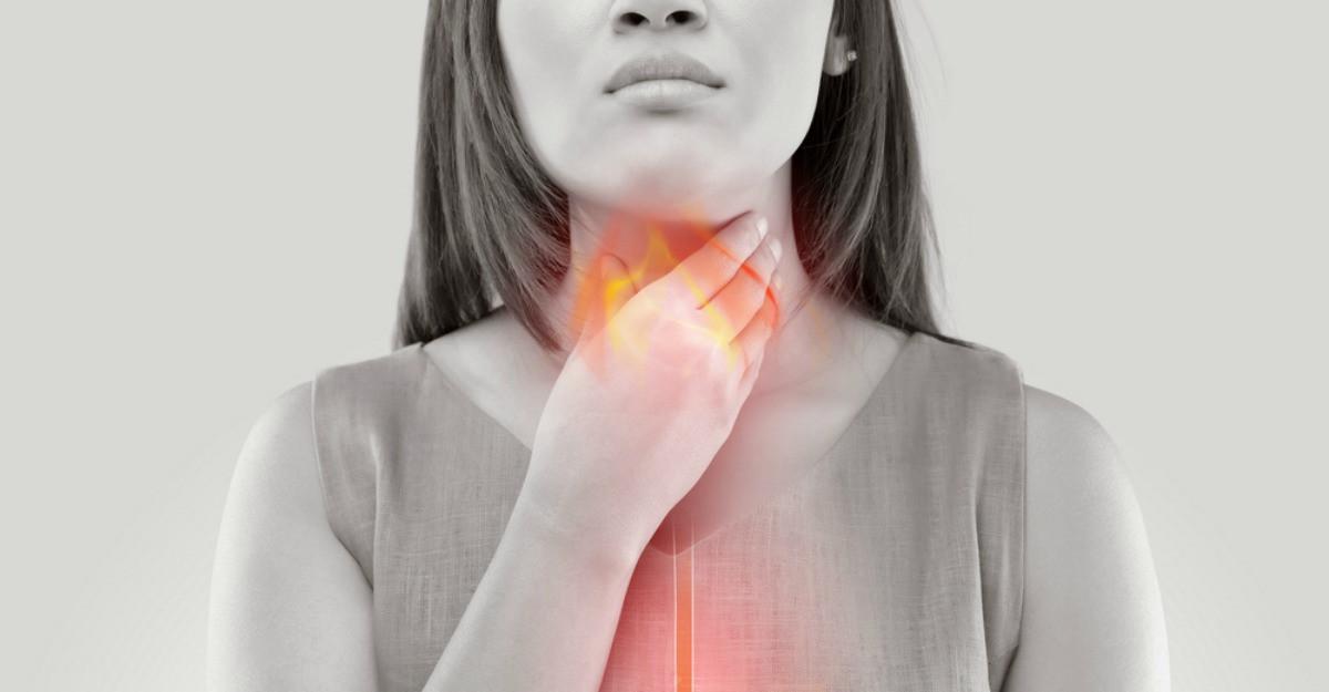 Boala de reflux gastroesofagian: simptome, cauze, tratament si ce dieta este cea mai indicata