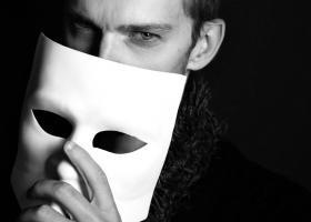 Parerea lui Radu: Avem nevoie de minciuni ca sa putem suporta realitatea