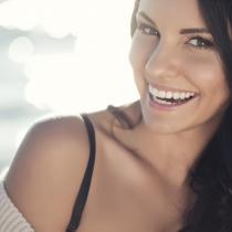 Trei trucuri pentru a fi mai atractivă