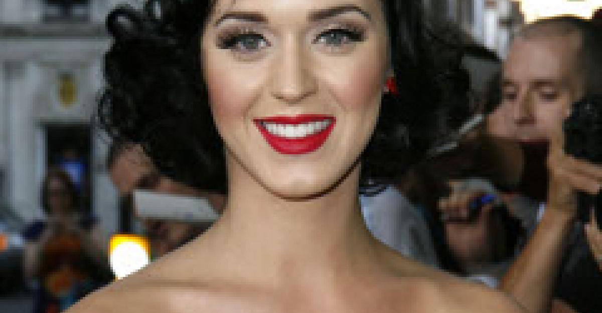 Katy Perry, in varianta Alba ca Zapada