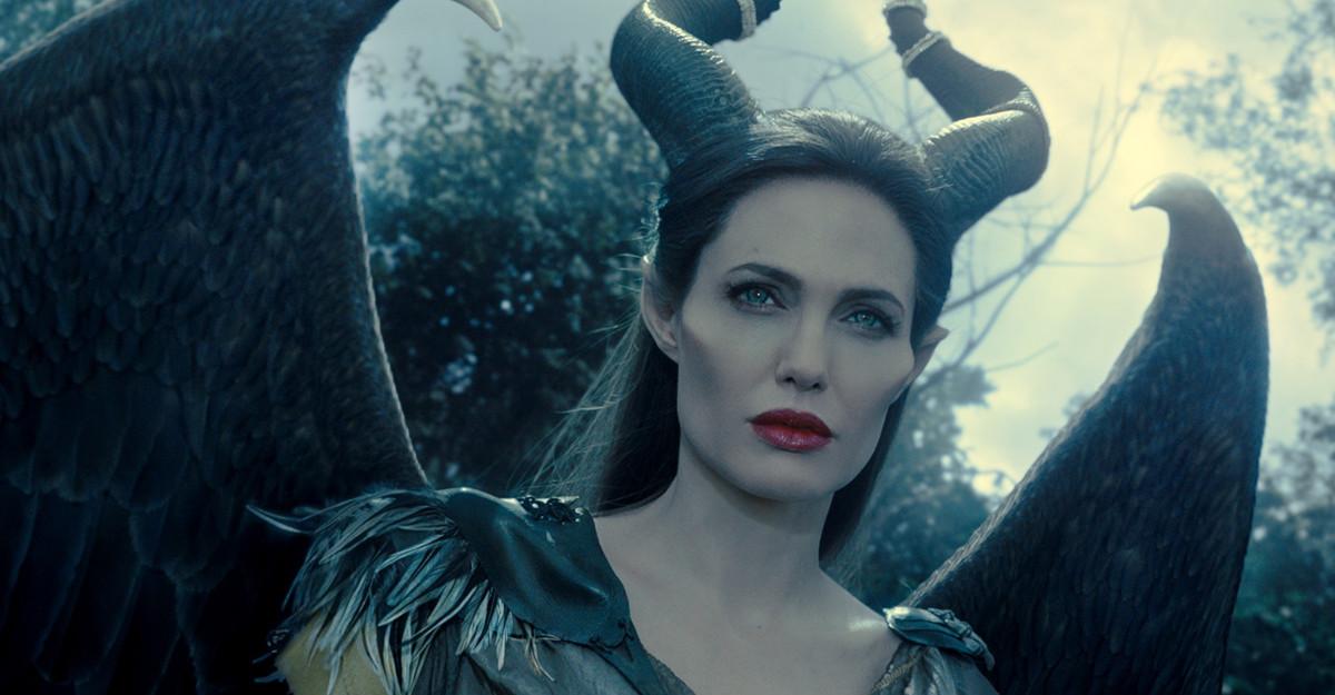 Antena 1 difuzează vineri producţiile Disney Albă ca Zăpada și cei șapte pitici şi Maleficent