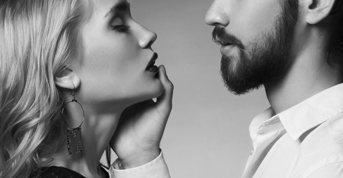 6 Semne ca te iubeste (desi nu iti spune)
