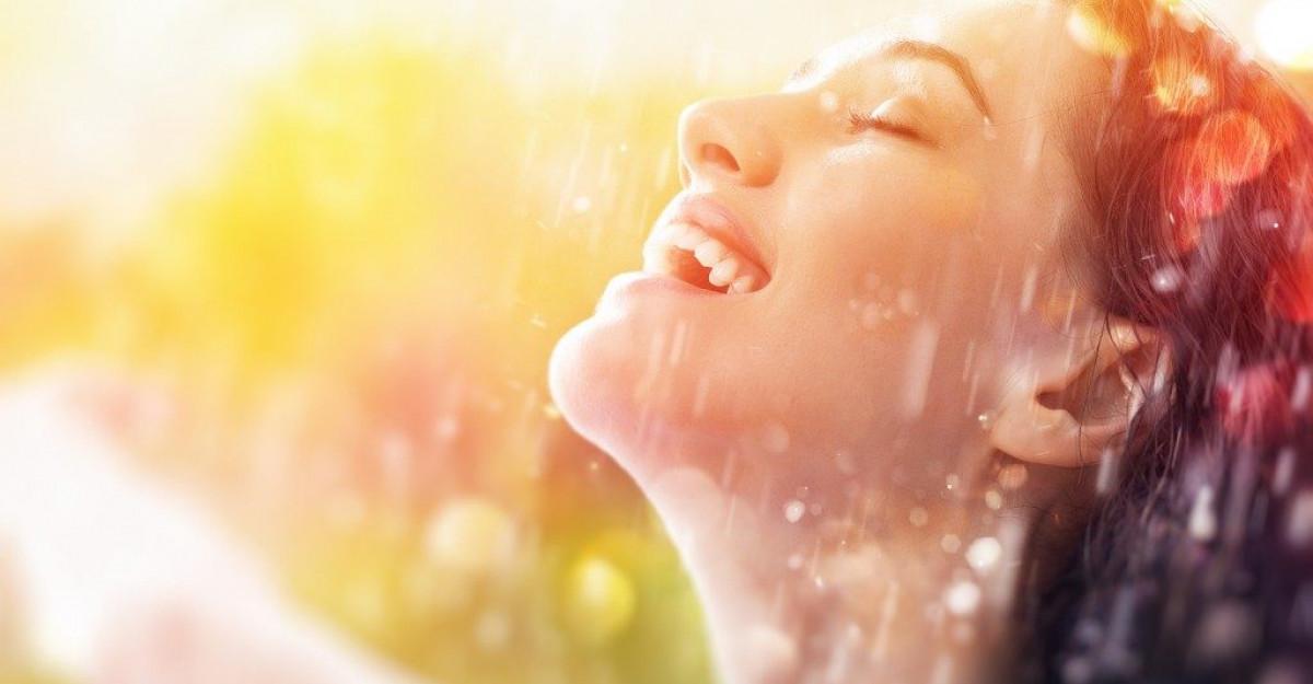 HRANA VIE pentru SUFLET: 5 emotii POZITIVE care iti intaresc SANATATEA