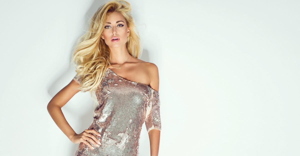 Ce haine in culori metalizate poti purta primavara aceasta